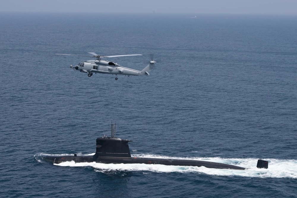 Chilean Navy Submarine Carried Out Successful Simulated Attacks on US Navy Carl Vinson During COMPTUEX