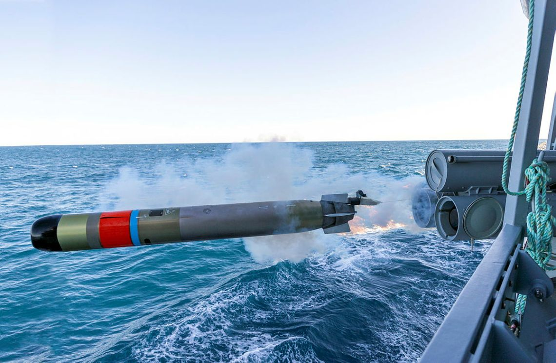 An MU-90 TVE Torpedo is fired from HMAS Warramunga during a weapons training exercise in the Western Australian Exercise Area.