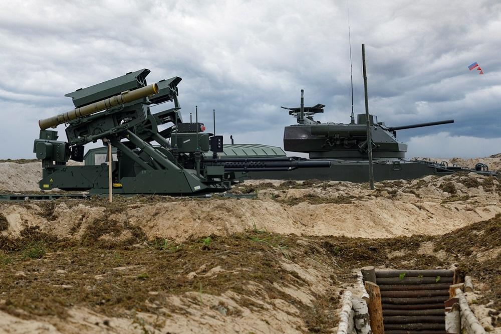 Russia Demonstrates Uran-9 and Nerekhta Unmanned Ground Vehicles at Zapad 2021 Drills