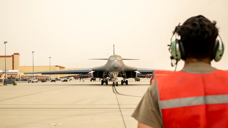 US Air Force Global Strike Command Wraps Up Divestiture of 17 B-1 Moving Toward B-21