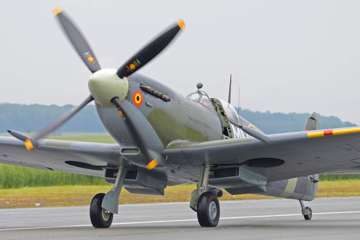 Supermarine Spitfire Savior Of Britain Military Machine