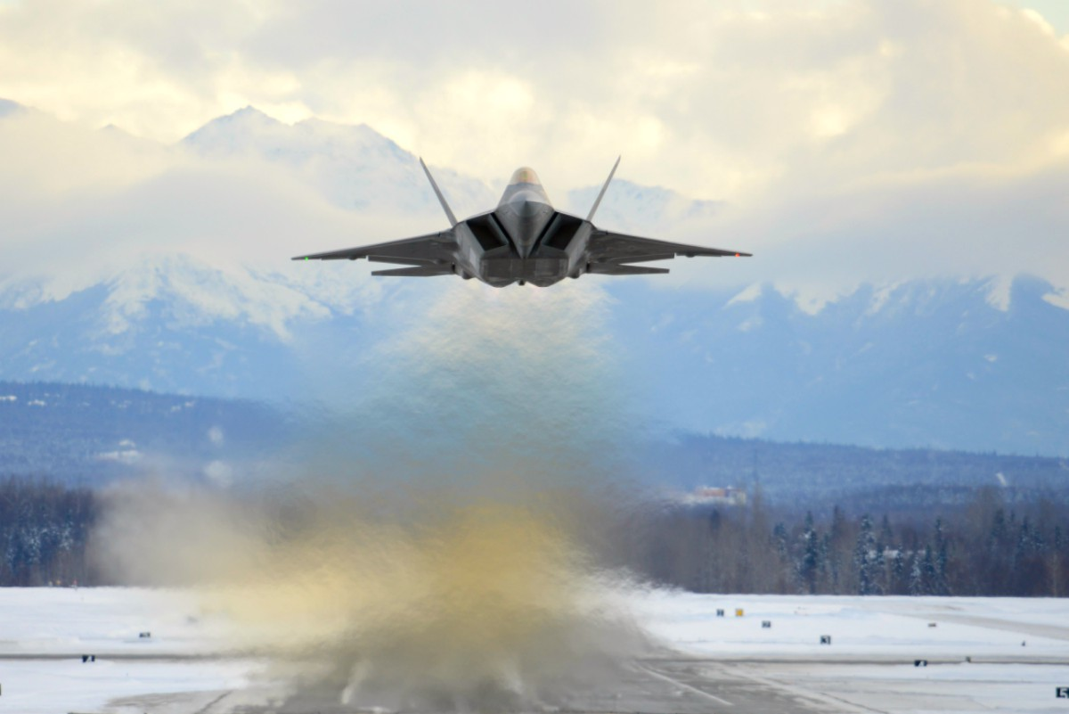 hight resolution of likewise the f 35 has shortcomings where the f 22 shines the bulk of what makes the f 22 and the f 35 different is cost and capabilities