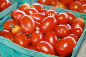 Guide to buying ripe, not rotten, produce at your military commissary.