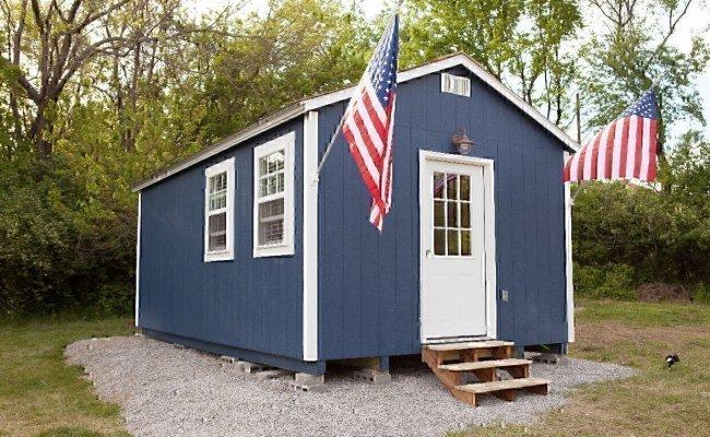 Houses That Help Veterans Build Tiny Houses For Homeless