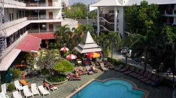 top-north-hotel-chiang-mai-thailand