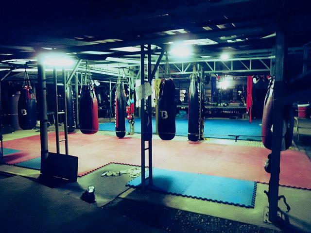 kiatphontip-muay-thai-gym-empty