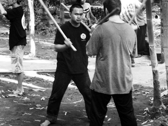 pencak-silat-training-indonesia