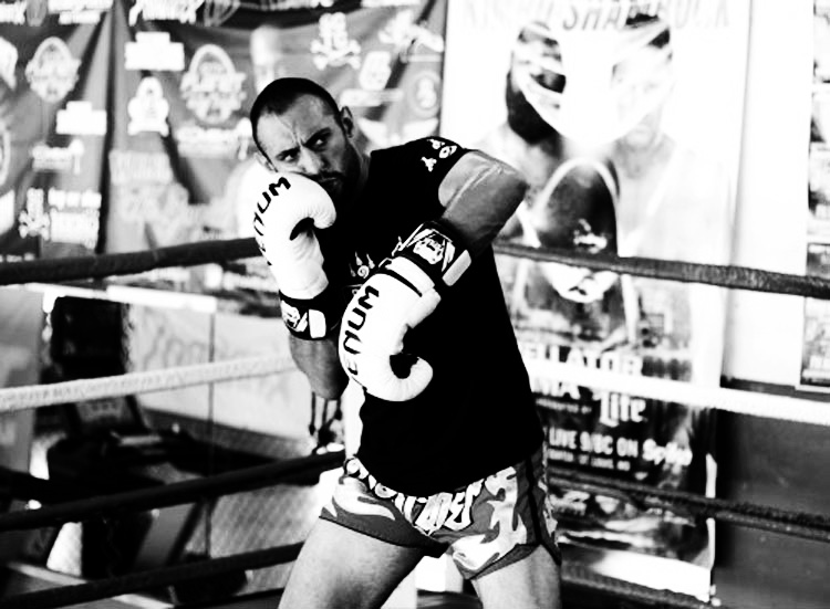 muay thai shadow boxing