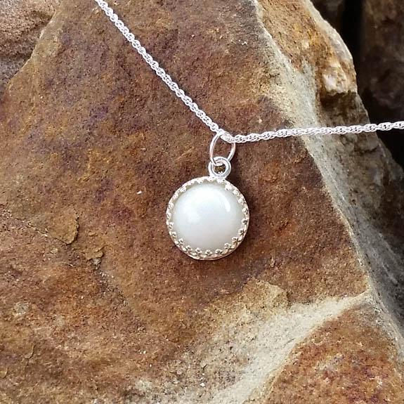 Crown Bezel Pendant - Milk Vine Jewelry