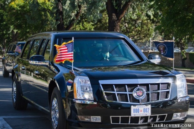shutterstock_Obama-Cadillac-One
