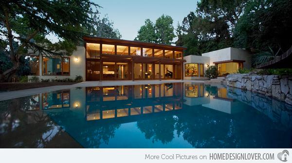 8-Angeles-Pool