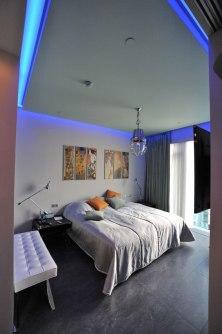 Дизайн интерьера квартиры в стиле хай-тек. Спальня