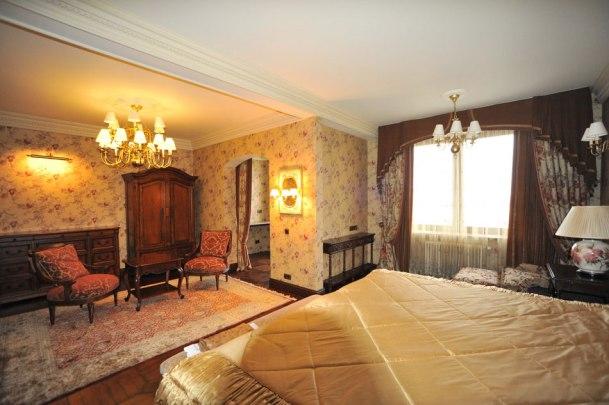 Дизайн интерьера в английском стиле. Спальня