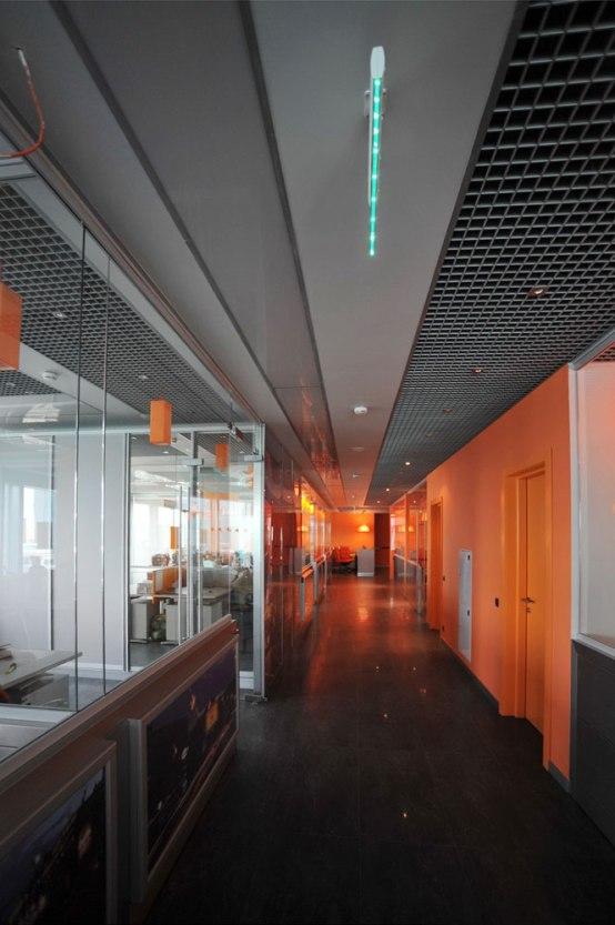 Дизайн интерьера офиса в стиле хай-тек. Потолок