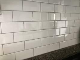 platinum grout white subway tile   Millennial Boss