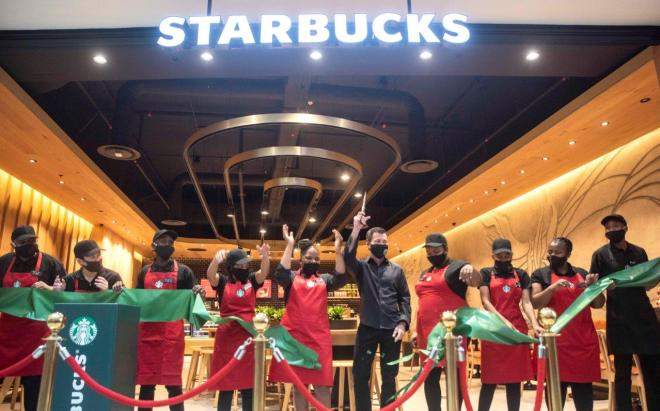 Starbucks opens first Cape Town store at Canal Walk