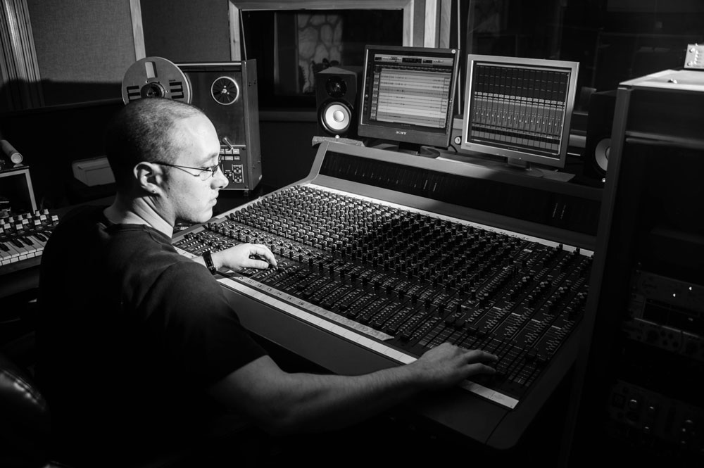 Keys To Choosing The Right Recording Studio And Engineer