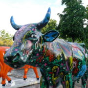 La vache qui dit Moya Moya Moya -  Artiste : Patrick Moya