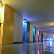 Le Corbusier à Firminy, rue intérieure de l'Unité d'Habitation