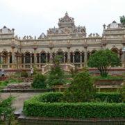 My Tho: la pagode Vin Trang (1848) mélange architecture de style khmer, chinois et français