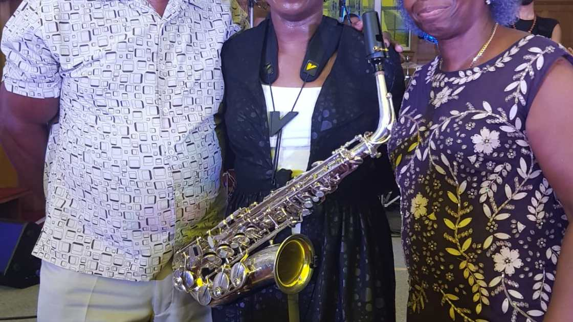 Malachi-and-Sarah-Thomas-with-Millicent-Stephenson-Sax-Not-Just-Jazz-5