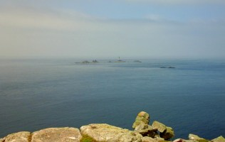 rocks-and-lighthouse-at-lands-end