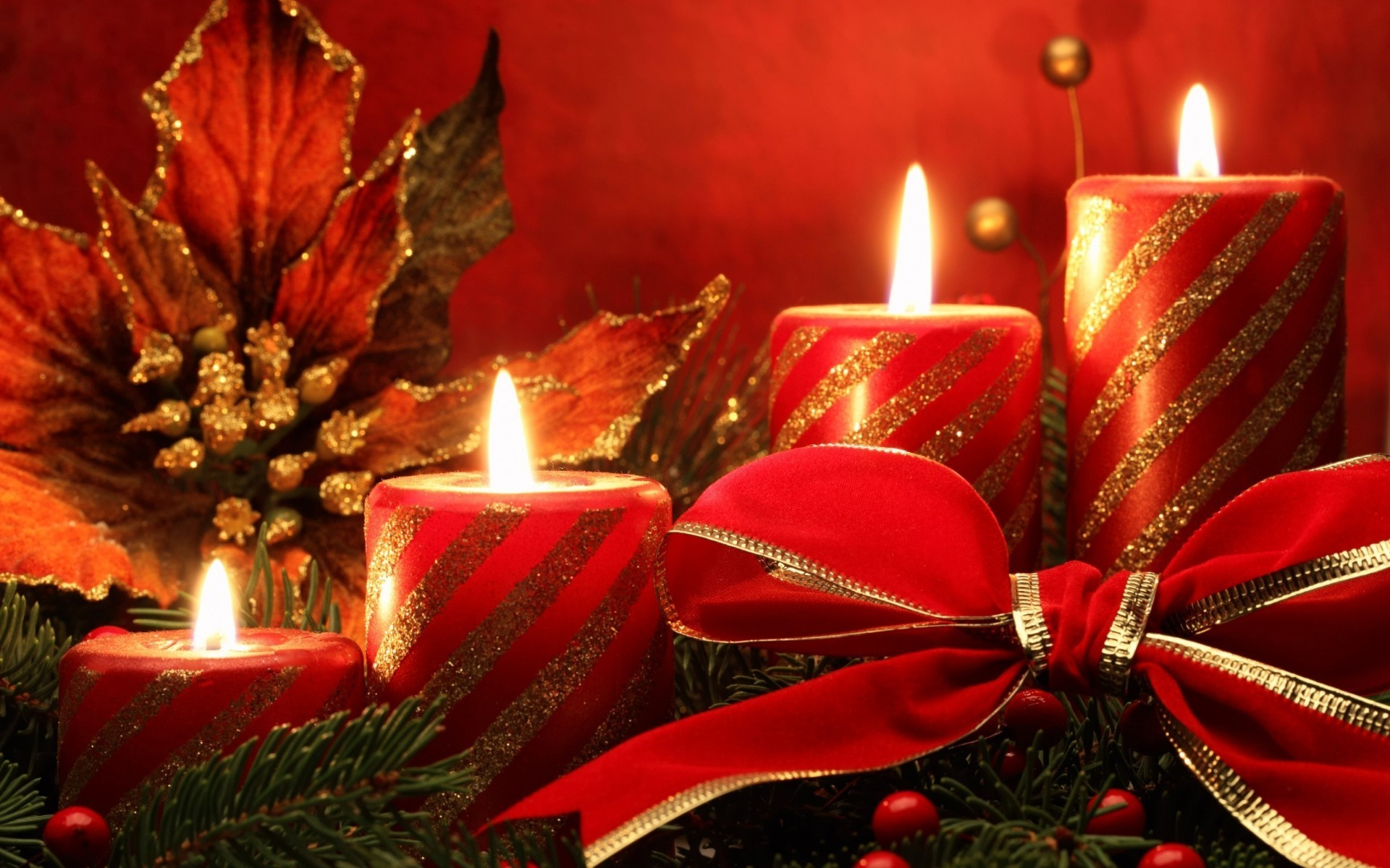 Red Christmas candles Android wallpapers for free