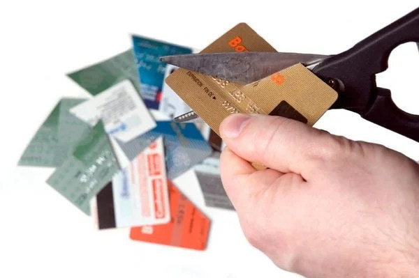 5 Dangers of Credit Cards