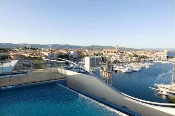 Free Gold Status Earns MQ Best Western Bonus Points for Stays at Best Western Hotels Like the Best Western Premier Vieux Port in France