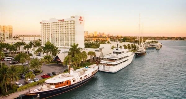 Now Earn 50,000 Hilton Points + $50 Statement Credit With AMEX Hilton Card [OFFER EXPIRED]