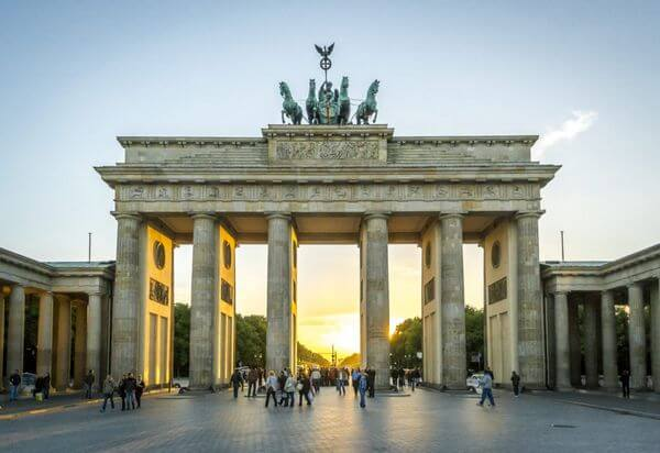 $99 One-Way Flights to Europe From Several US Cities!