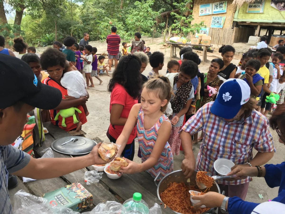 Meals Aeta Philippines - Volunteer Travel: How to Plan a Life-Transforming Trip