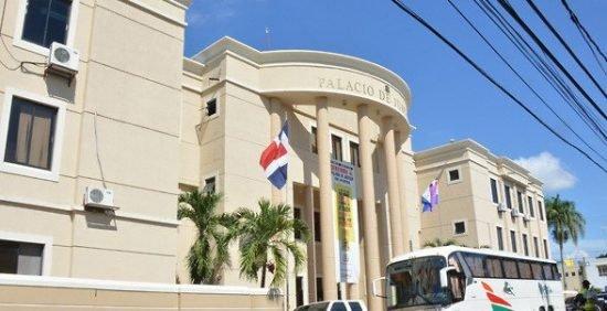 La Vega: Aplazan para el martes coerción caso contra Miky López