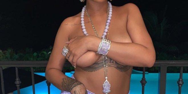 """Resultado de imagen para La foto """"topless"""" de Rihanna con el dios Ganesha"""