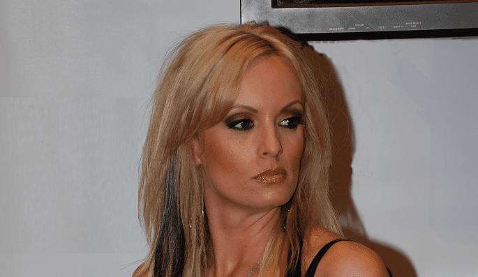 Stormy Daniels Defends First Lady Melania Trump
