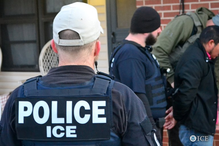 Virginia police officer suspended after turning over undocumented immigrant to ICE