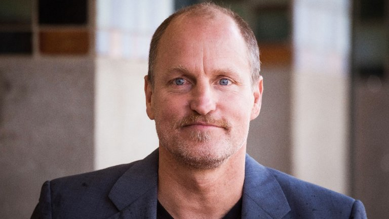 Woody Harrelson recalls how Mike Pence once 'mentored' him