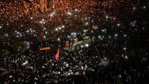 32 dead, 190 injured after stampede erupts during Soleimani funeral procession