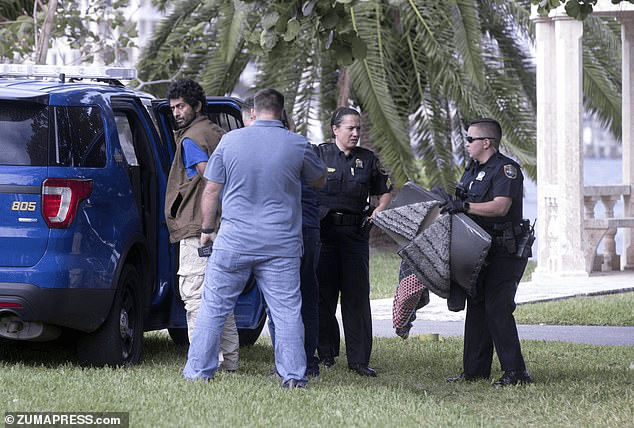 Iranian national carrying a machete, ax, knives and $22,000 arrested four miles from Mar-a-Lago