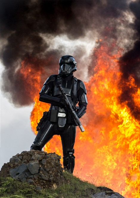 Rogue One A Star Wars Story Official Hi Res HD Images _ The sinister Death Trooper