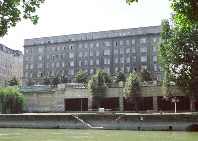 Abb. 4: Amtsgebäude Franz-Josefs-Kai (Foto: Bundesheer)
