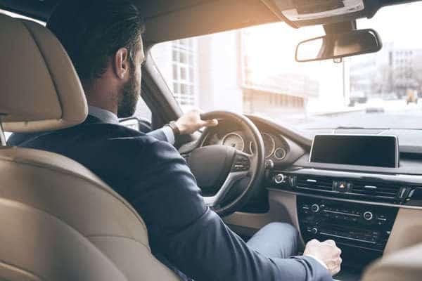 chauffeur qui conduis dans paris