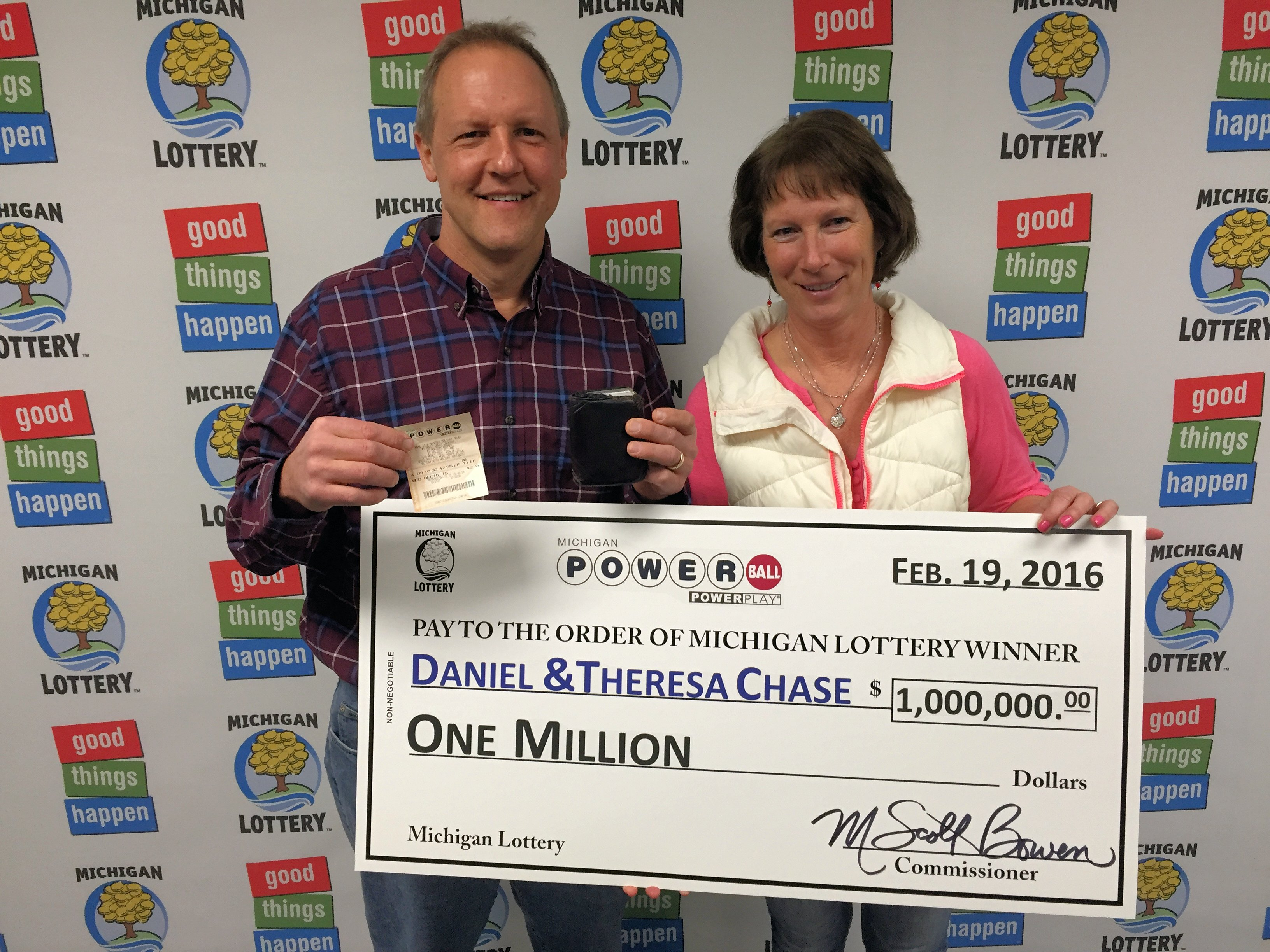 Kent County Man Wins 1 Million Powerball Prize From The Michigan