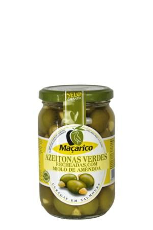 mandlitega täidetud oliivid