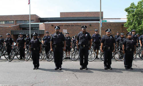 milwaukee-police-department-schools-out-for-summer-north-division-high-school