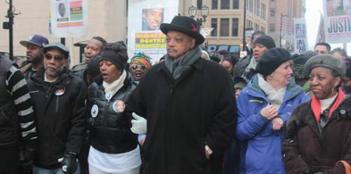 Rev-Jesse-Jackson-with-protestors-2