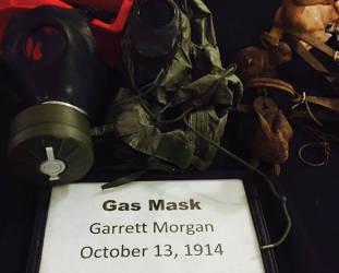 gas-mask-garrett-morgan-october-13-1914