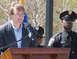 County Executive Chris Abele addresses residents at Moody Park. Photo by Karen Stokes