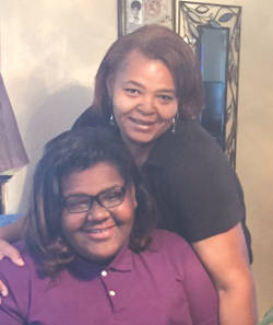 Jaylah Rayford with her mother, Rolanda Kinard-Rayford (Photo by Karen Stokes)