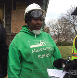 Supervisor Nikesha Bynum, one of a few women working in construction. (Photo by Karen Stokes)